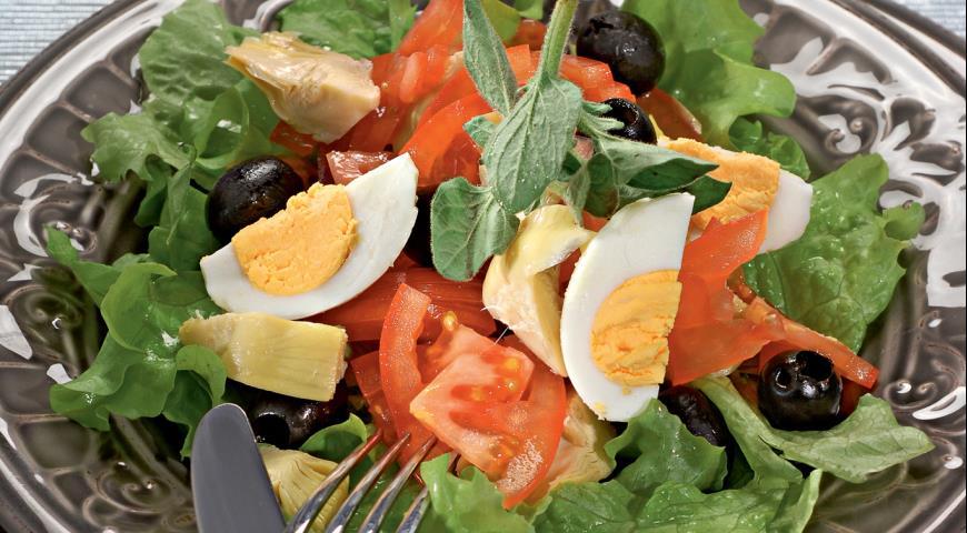 Olivgrüner Salat