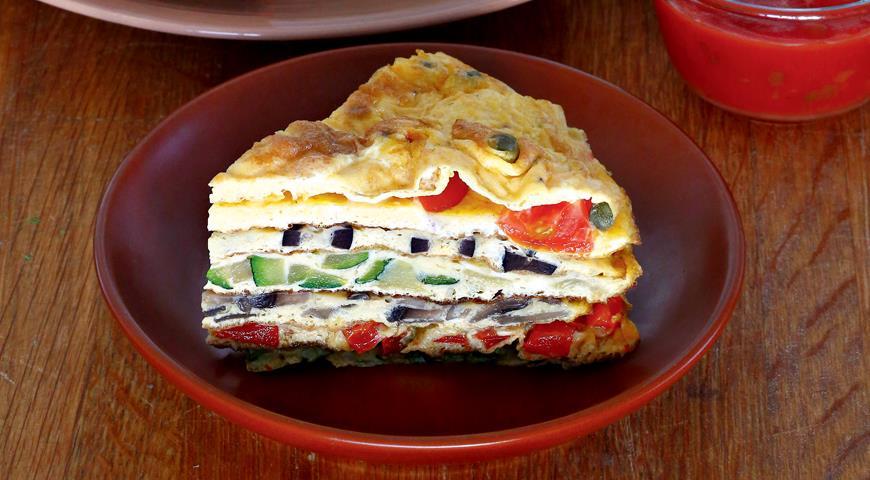 Креспу, suupiste täidistega omlett